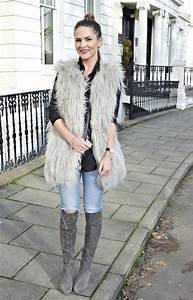 What to Wear with Grey Over The Knee Boots