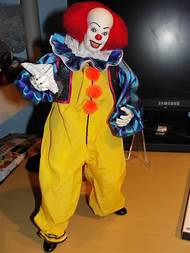 pennywise clown halloween costumes
