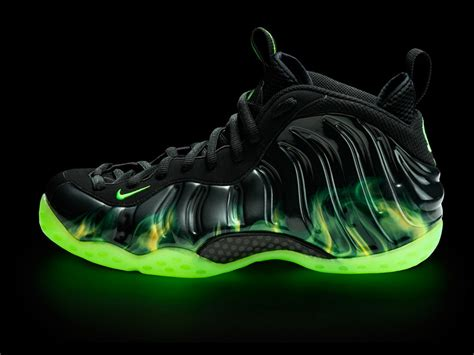 new phone posits shoes nike air foosite one quot paranorman quot sneakers addict