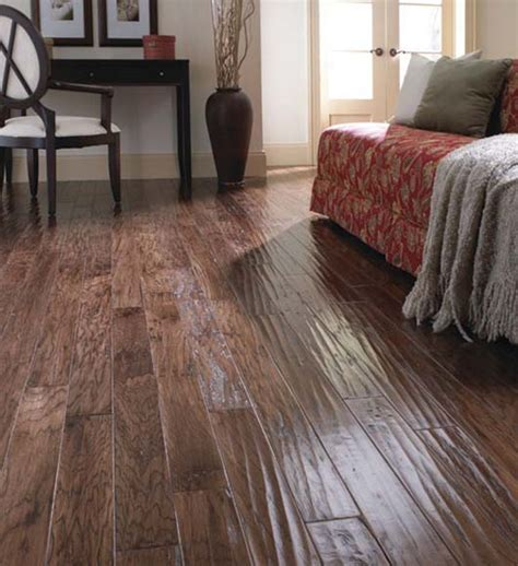 Hand Scraped Hardwood Flooring Solutions for The Home