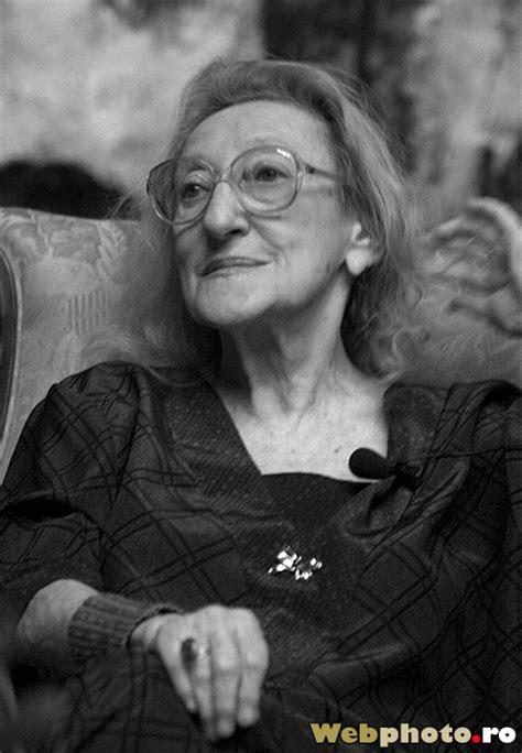 Webphoto.ro » Blog Archive » Romanian poet Nina Cassian