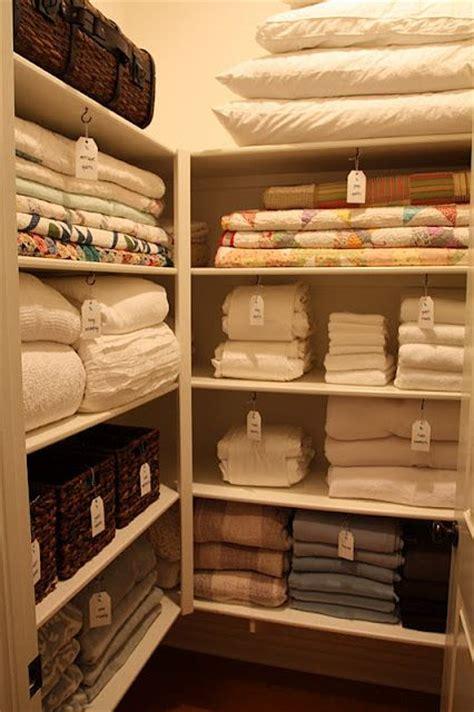 Linen Cupboard Organisation by The 25 Best Linen Cupboard Ideas On Bathroom