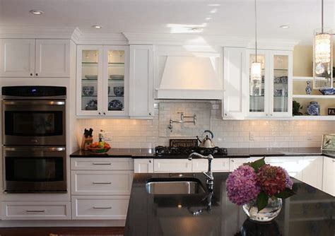 white cabinet kitchen design all white shaker cabinets kitchen designs home 1262
