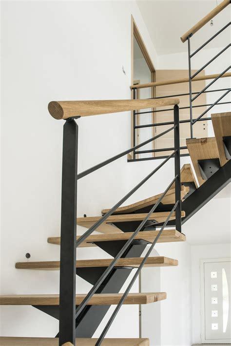 courante d escalier courante d escalier 28 images courante d escalier obasinc re d escalier en acier ral noir