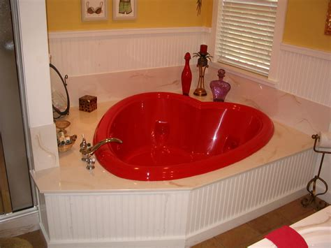 Heart Shaped Bathtub For Valentine's Day