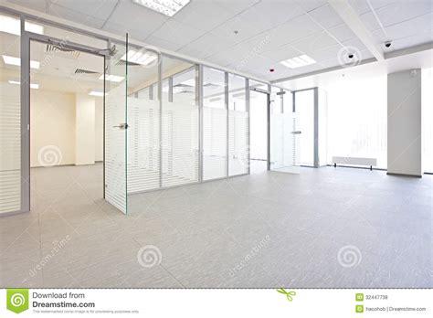 hallway bureau vide de bureau photos libres de droits image 32447738