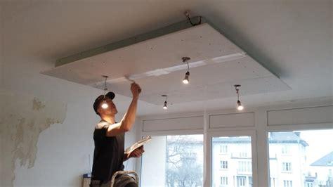 plafond suspendu avec casquette