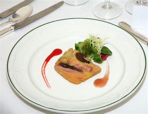comment cuisiner un canard gras comment decorer assiette foie gras