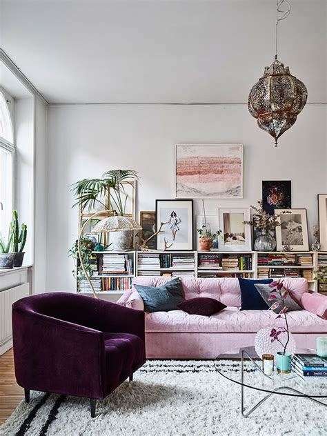 colorful sofas  break  monotony   living