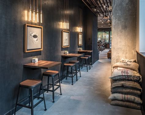 Under the starbucks® rewards program, stars earned to maintain level will expire twelve (12) months from your anniversary date and stars earned to redeem a free beverage. 2020 的 Starbucks Reserve Coffees Showcased in New Atlanta Store 主题