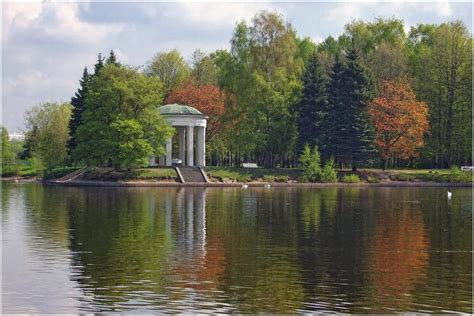 primorskiy park pobedy  sankt peterburge