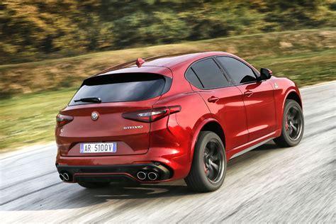 Alfa Romeo Stelvio Quadrifoglio  Ouverture Des Commandes