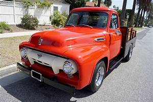 1954 Ford F-250 Flatbed Pickup