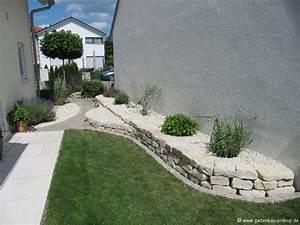 Gartenanlagen Mit Steinen : garten trockenmauer naturstein hochbeet aus jura kalk stein rock wall garten ~ Markanthonyermac.com Haus und Dekorationen
