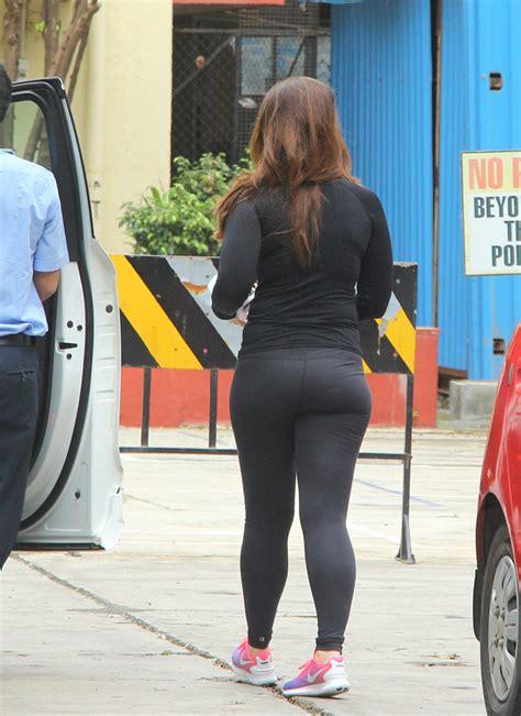 Photos Kareena Kapoor Khan Flaunts Hot Bod In Skin Tight