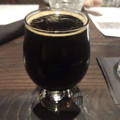 Think you can make a better irish stout than the folks at guinness? 10W-40 - Hi-Wire Brewing - Untappd