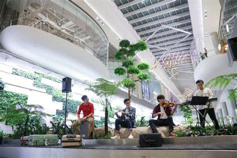 changi airport terminal 4 begins operation