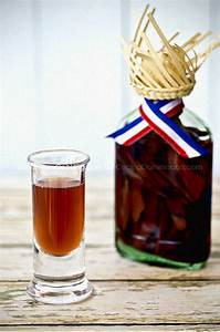 Mamajuana - What is it, and What the Heck is in It?