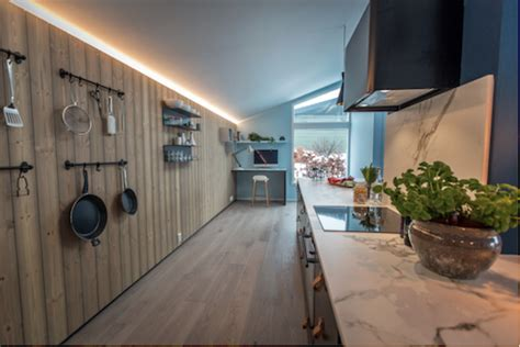 deco cuisine scandinave intérieur scandinave bleu cuisine et lambris bois