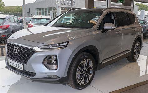 Santa Hyundai by Hyundai Santa Fe