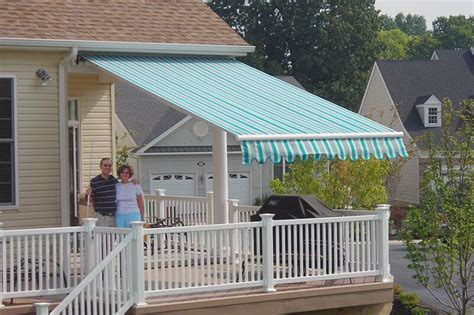 commercial retractable awnings  hoffman awning  md dc va pa
