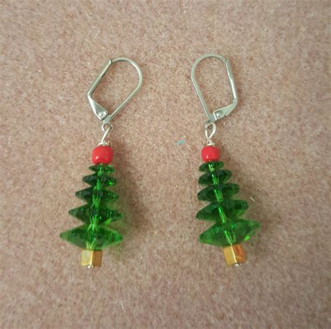 beaded christmas tree earrings by thatssewmarti on etsy