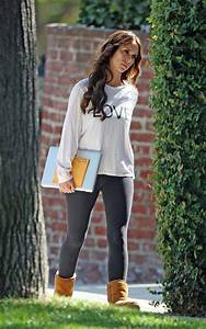 Leggings and ugg boots | Outfits Iu0026#39;d wear | Pinterest