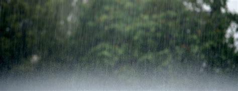 Piektdiena daudzviet būs lietaina / Diena