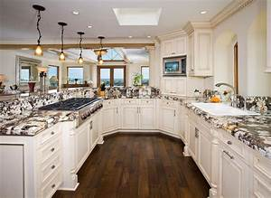 Kitchen designs photo gallery dgmagnetscom for Kitchen design ideas gallery