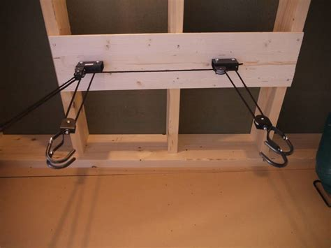range velo suspendu plafond 28 images support 1 v lo pour plafond decathlon avec range velo