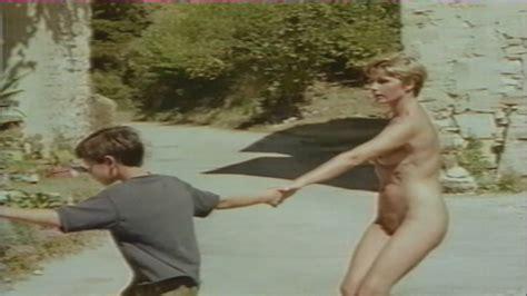Caroline Laurence Desnuda En La Vénus à Lulu