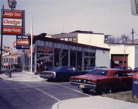 images  vintage car dealership pics  pinterest