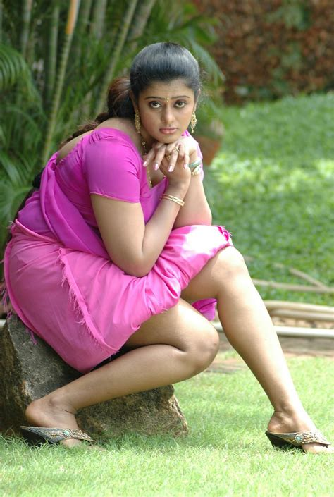 indian actresses unseen pictures spicy pictures from kalla chavi unseen