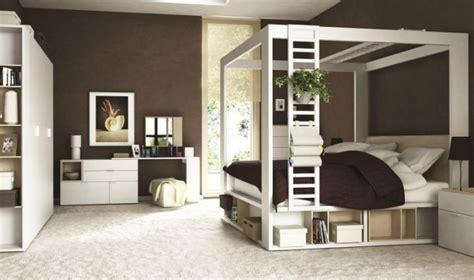 chambre avec lit baldaquin pack lit baldaquin adulte avec matelas et sommier
