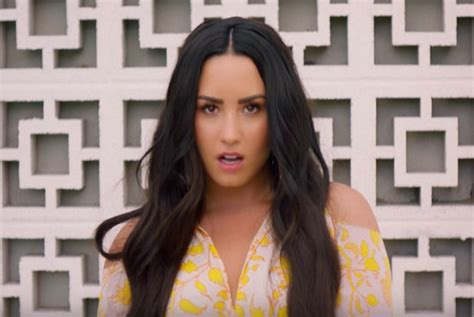 """Clean Bandit's """"solo"""" Music Video With Demi Lovato Lacks"""