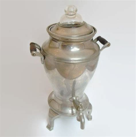 Electric and cordless coffee percolators have an independent base. Vintage Universal Percolator Coffee Urn | Coffee Maker Pot ...