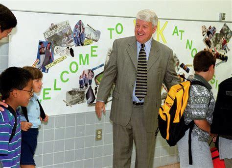 Remembering: Ken Beard was beloved teacher, principal in ...