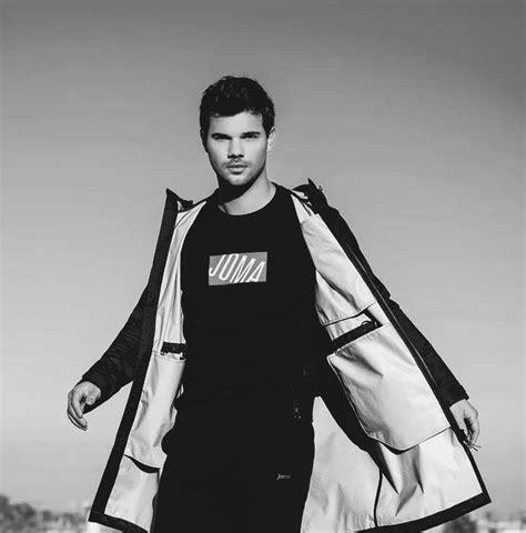 Taylor Lautner   Taylor lautner, High waist yoga pants ...