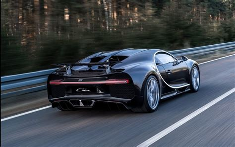 Accelerating to 124 mph in the. 2017 Bugatti Chiron HD wallpapers High Quality