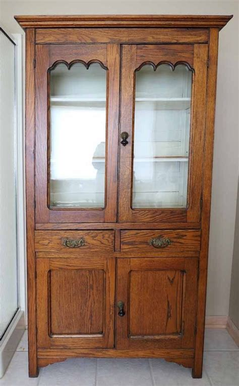 Antique Kitchen Hutch Cupboard by 25 Best Ideas About Primitive Hutch On