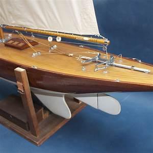 Antique Model Sailing Yacht Pond Yacht