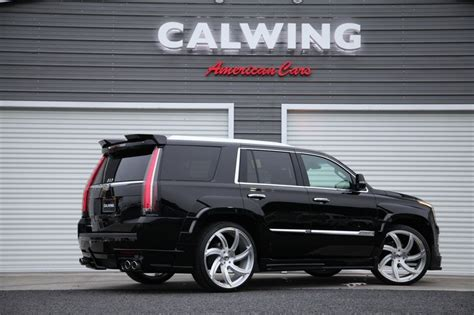 cadillac escalade  calwing body kit  japan