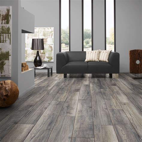 Harbour Oak Grey Chateau Laminate Flooring   Buy Chateau