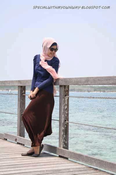 outfit hijab   pantai
