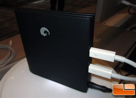 Seagate Goflex Desk Adapter No Lights by Seagate Thunderbolt 4g Lte Wireless Demo At Ces 2012