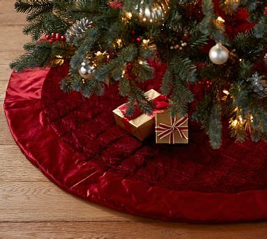 shiny velvet quilted tree skirt red pottery barn