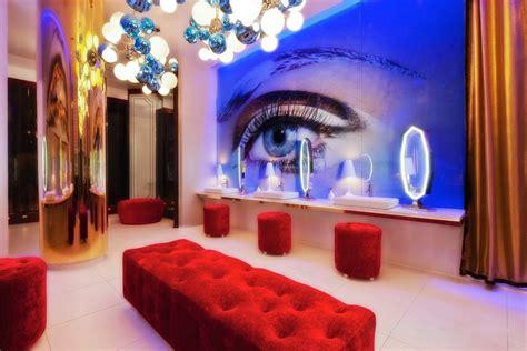 stunning restaurant bathroom designs