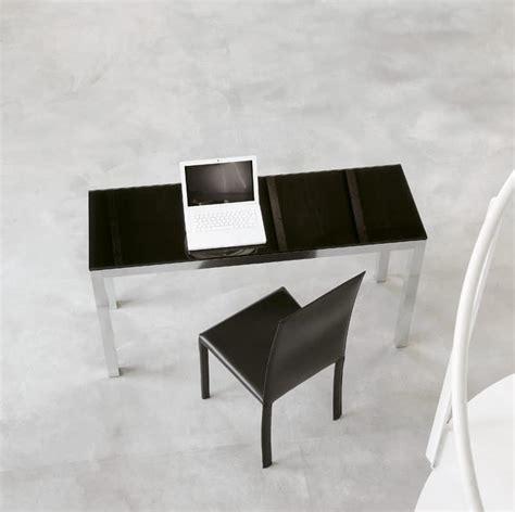 Tavoli Ufficio Design Tavolo Design Per Ufficio In Alluminio E Cristallo