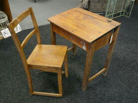 Vintage School Desk Top by Best 25 School Desks Ideas On School