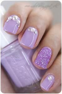 19 embellished gem nails